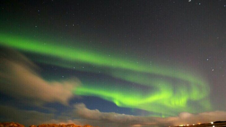 私がアイスランドオーロラツアーに参加せず自力観測に決めた理由