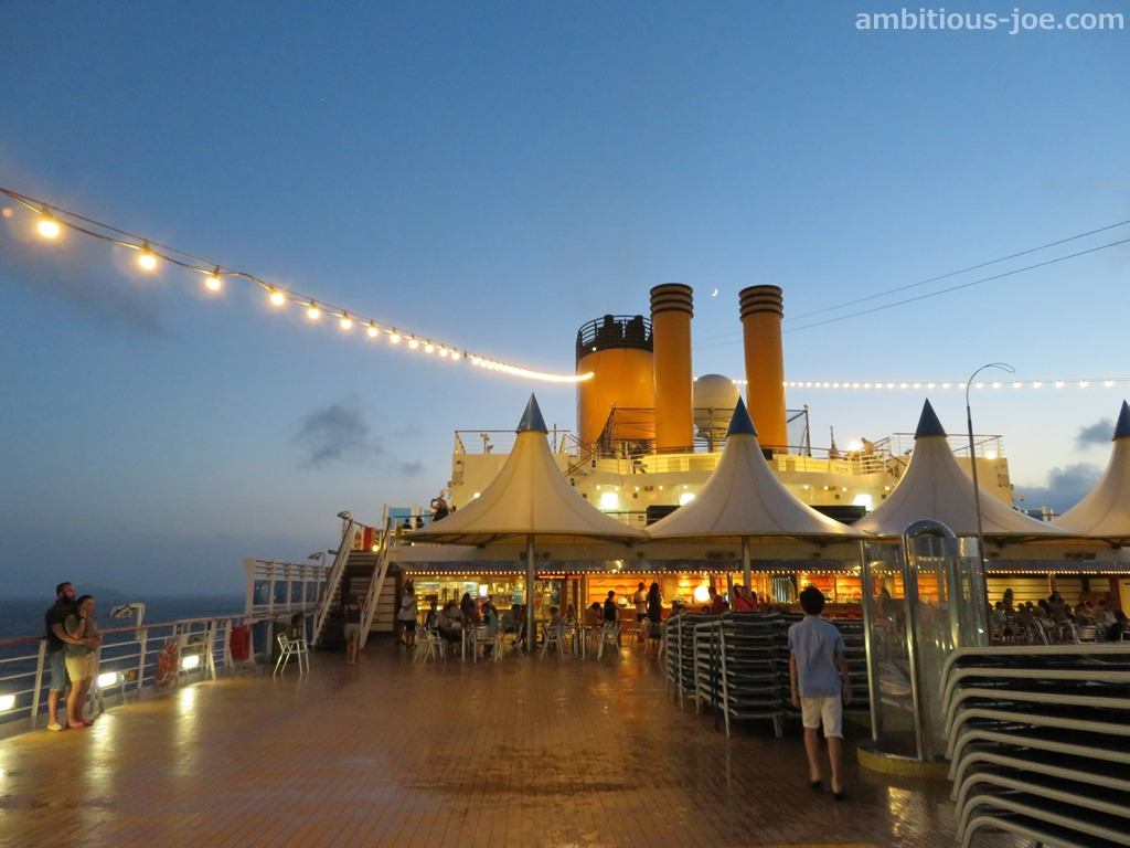 cruise-terrace