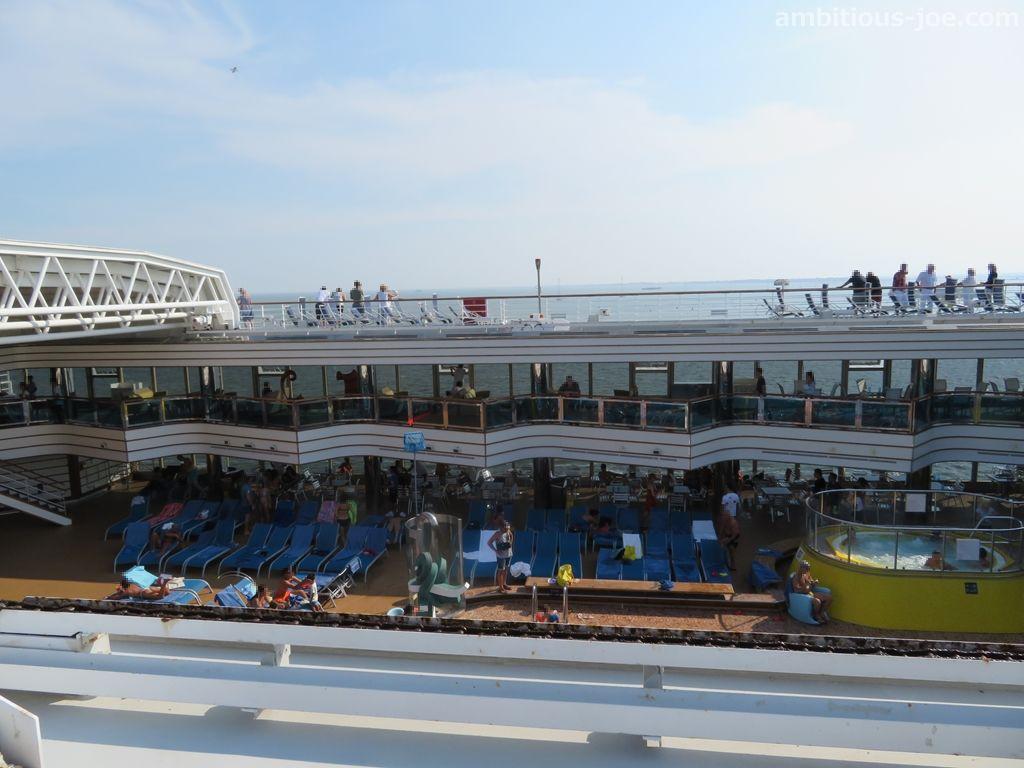 cruise-pool