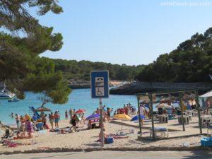 Mondrago beach